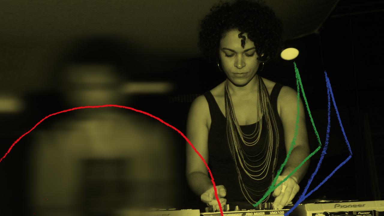 <b>DJ Ana Carmo apresenta: Quentinha Mixtape #1 (música embalada pra viagem)</b>
