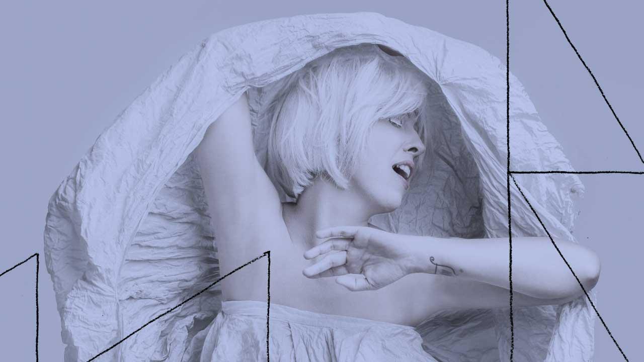 <b>Amadeu Zoe apresenta: Toca o Disco #15 - Ligiana Costa (Eva)</b>