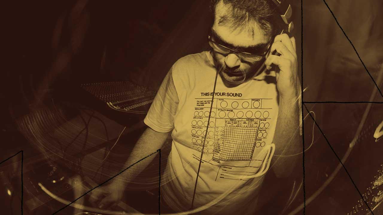 <b>Vivi An apresenta: EXP #5 com Augusto Merli</b>