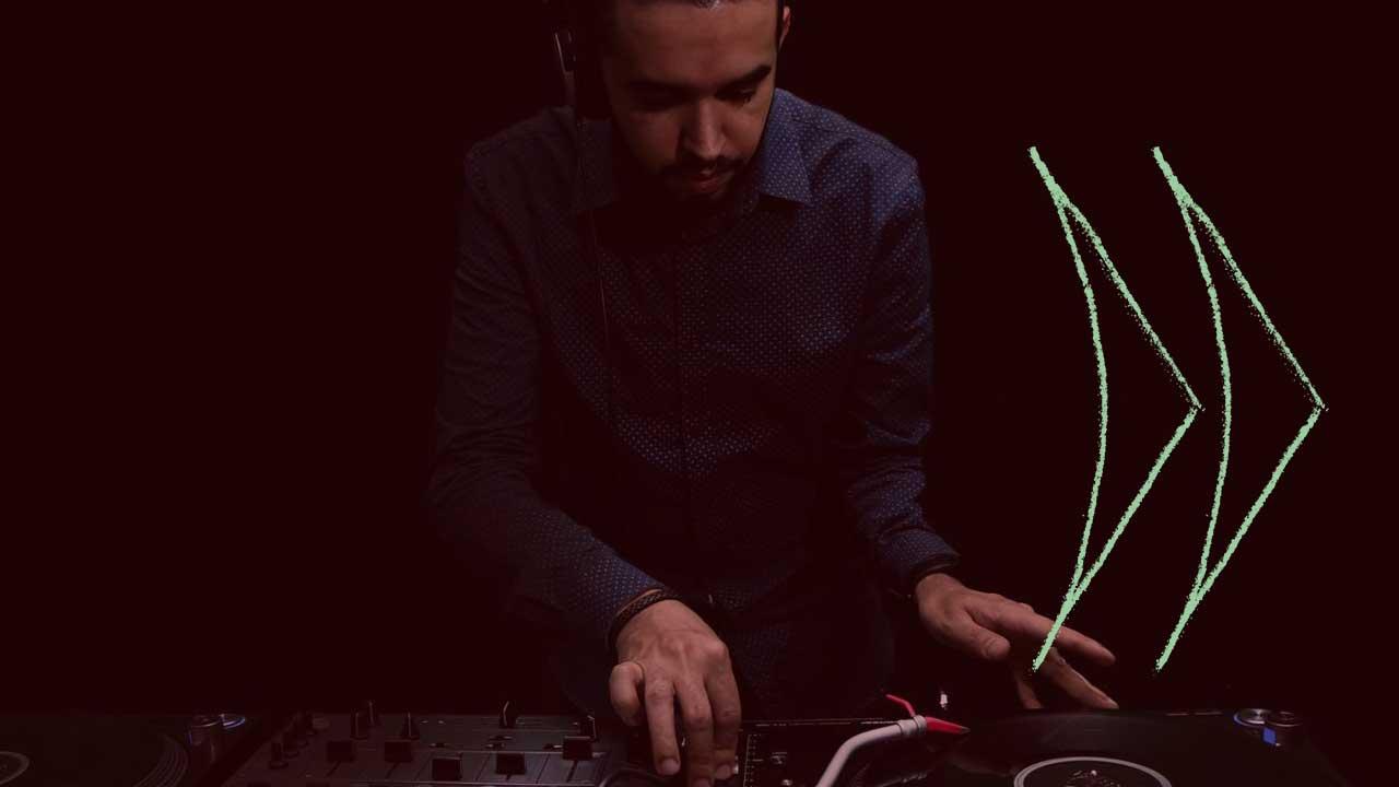 <b>DJ Grazi Flores apresenta: Lacuna Tropical #90 Convida Revert</b>